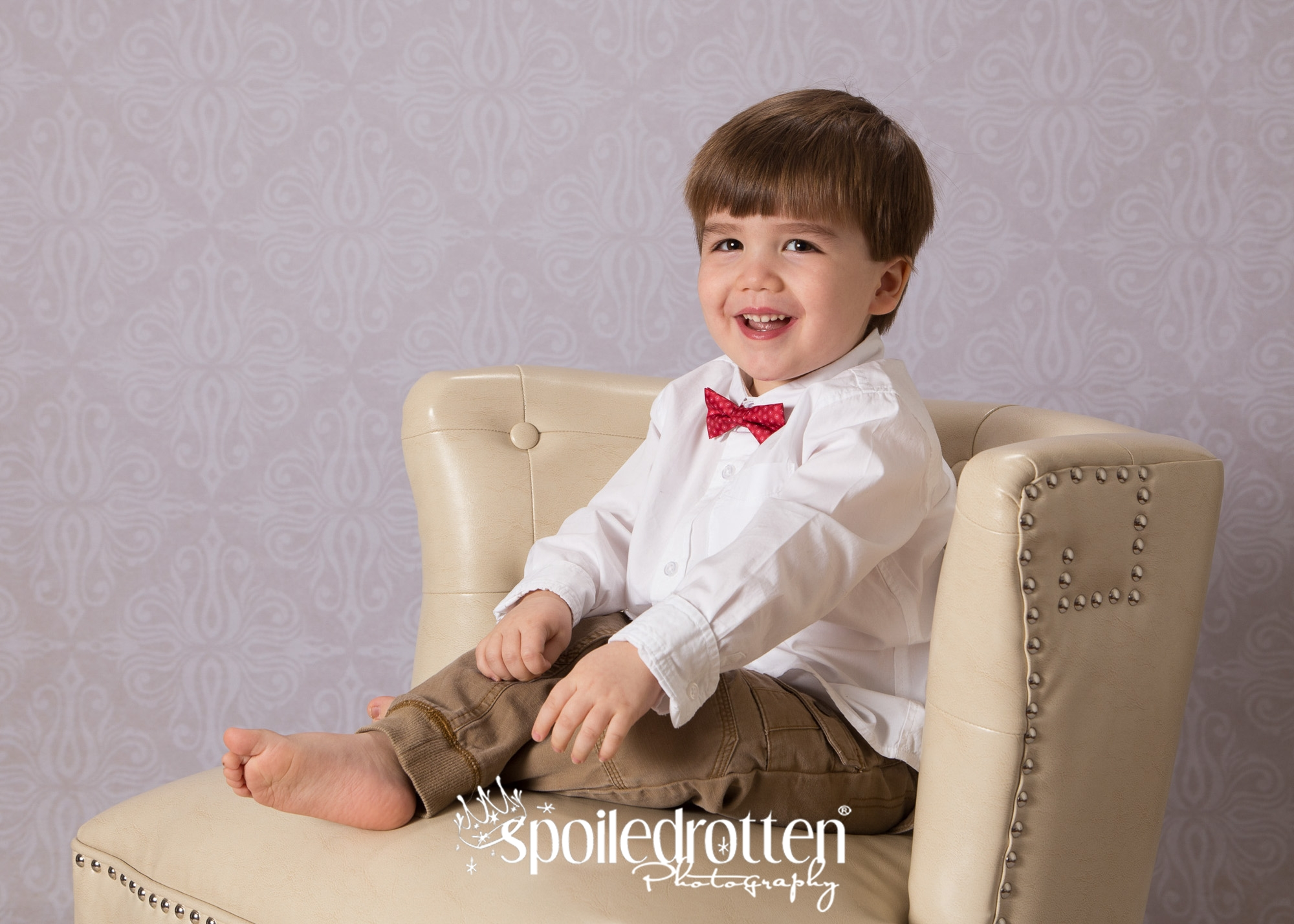 Preschool_Photography_boy_bowtie
