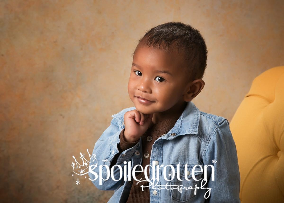 preschool_portraits_boy_unsure
