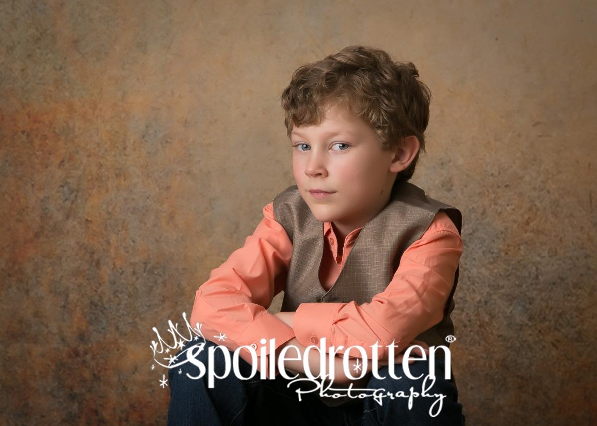 preschool_picture_boy_sitting