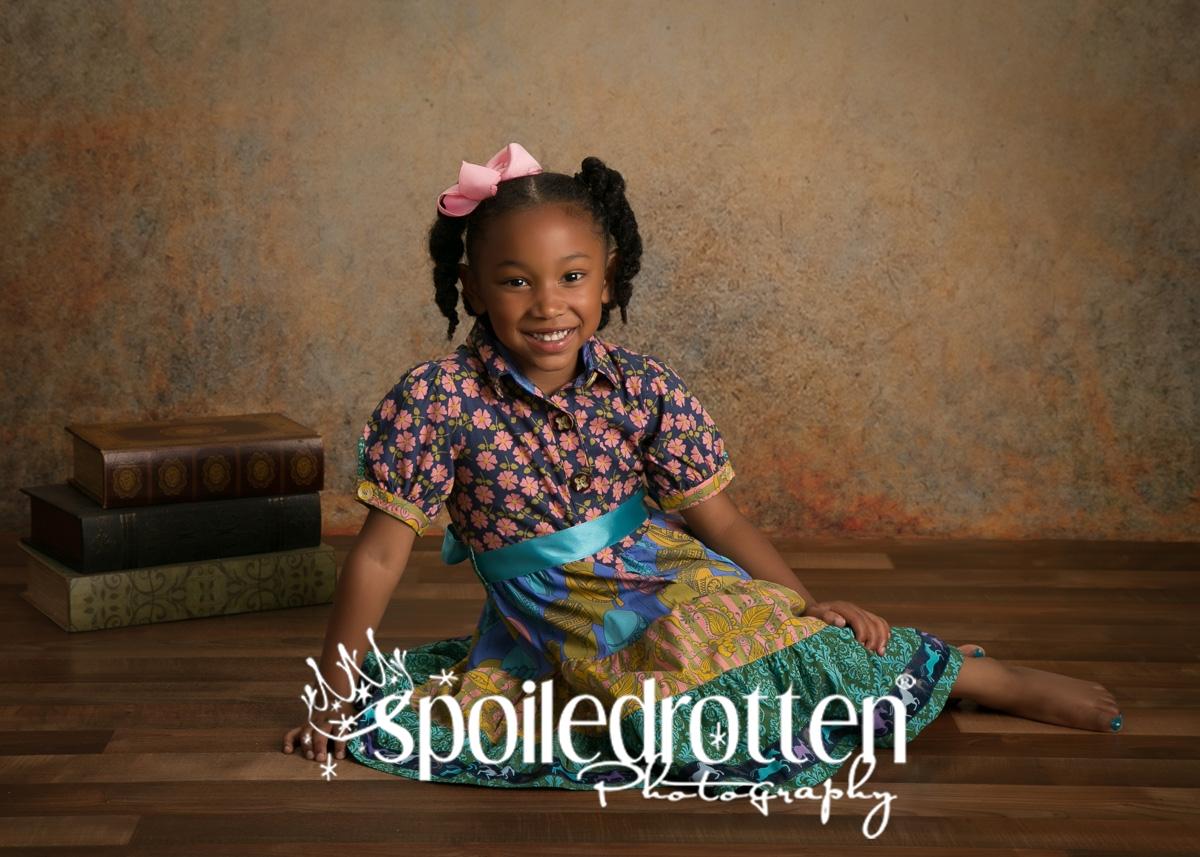 preschool_picture_girl_sitting_floor