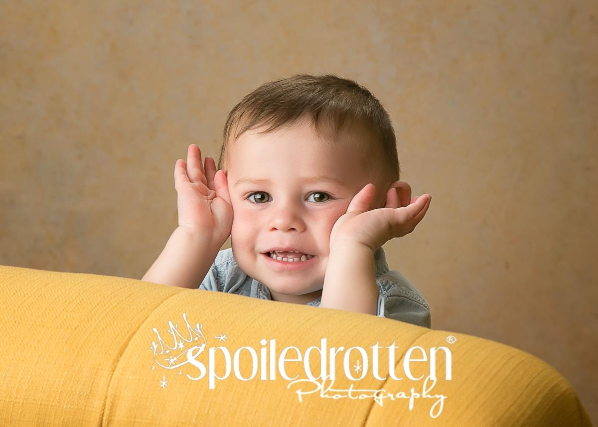 preschool_picture_boy_hands