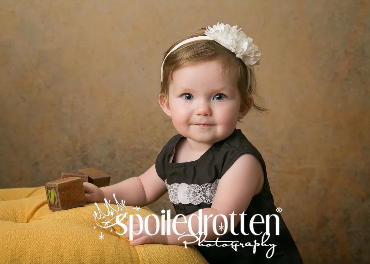 preschool_picture_girl_standing