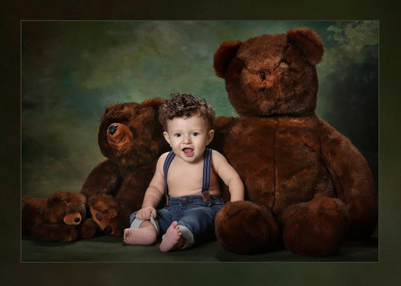 Bearly Sitting